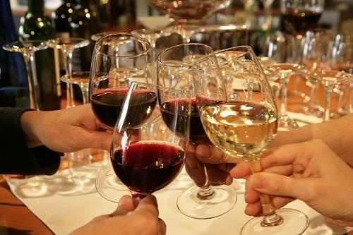 Salute - Italian word used in toasts, meaning health and well-being. #wine @PlonkOnline