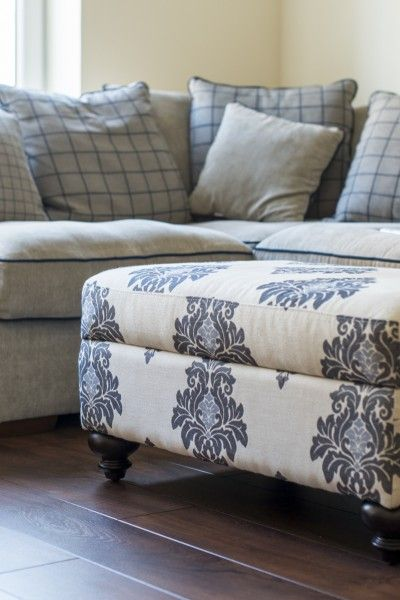 A sophisticated standalone or the finishing touch to your Elliott living room collection.