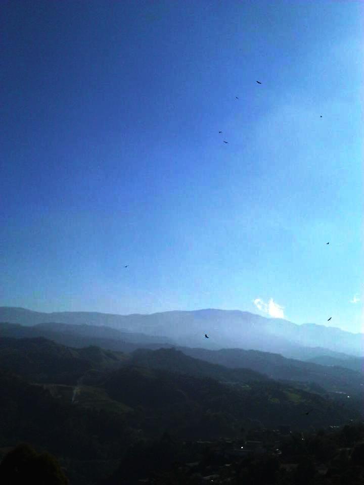 Ya les dije, adoro el cielo* Desde mi ventana Manizaleña___
