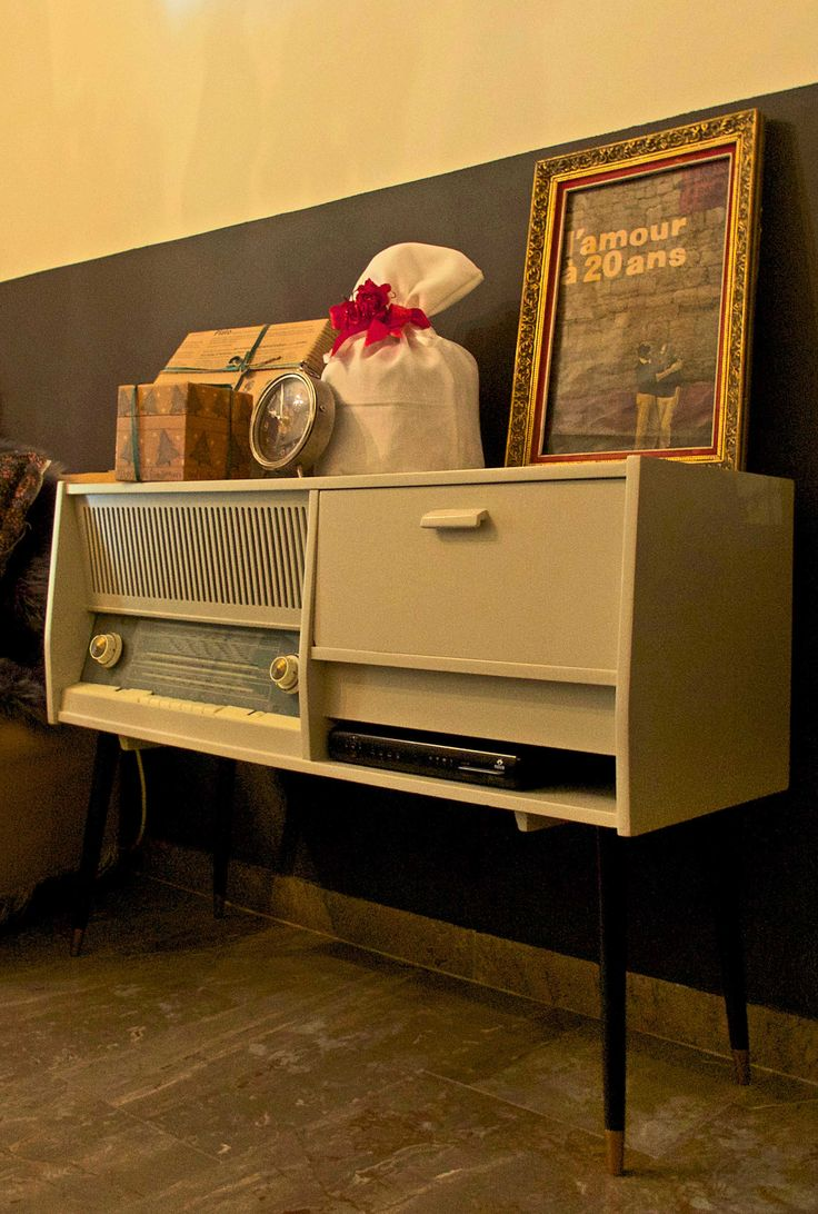 vintage radio renovated into a modern style TV table #ifigeniashome