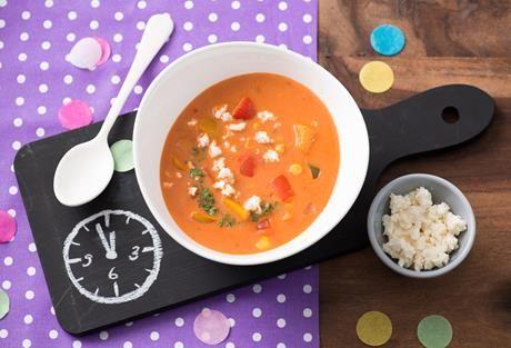 Mitternachtssuppe - ein Klassiker für Partys und Feste und ein Rezept, das auch tagsüber richtig köstlich schmeckt.