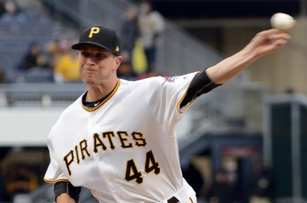 The Pittsburgh Pirates traded former closer Tony Watson while acquiring reliever Joaquin Benoit in separate deals at Monday's trade…