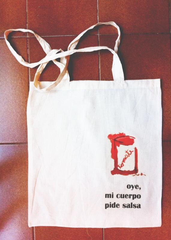 Oye, mi cuerpo pide salsa by Lawelcomebag