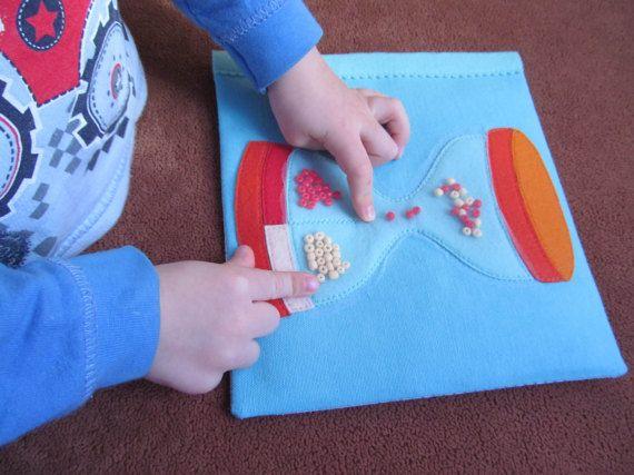 Sensorische Spielzeug, Montessori Spielzeug, Feinmotorik, Farbe zu sortieren, Marmor-Labyrinth-Spiel, Kleinkinder Aktivität, ruhigen Buchseite, Reise-Spielzeug – Steffi Gerbig