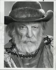 Denver Pyle Grizzly Adams | 1977 Press Photo Denver Pyle in Grizzly Adams