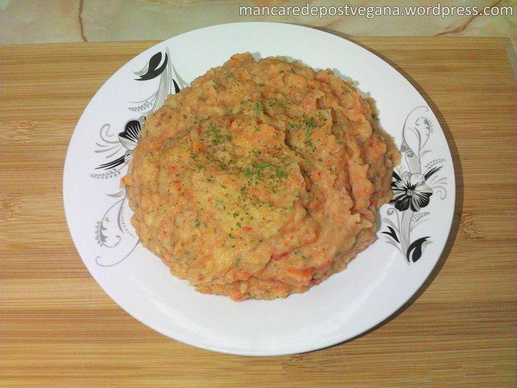 • Ingrediente și costuri totale(aproximativ 4lei, pentru 2porții): Apă, 350ml Cartofi, 500 grame – 1 leu Morcovi, 150 grame – 0,5 lei Ceapă roșie, 150 grame – 0,5 lei Ardei gr…
