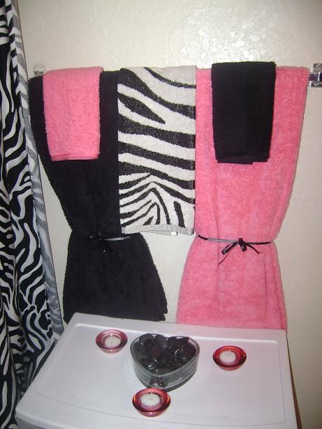Bathroom Designs: Cute Zebra Print Bathroom Ideas TOwel And Curtain Design, Adorable Presentation, Minimalist Design, ~ STEPINIT
