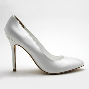 DAVID TUTERA pump wedding shoes now at MyGlassSlipper.com!