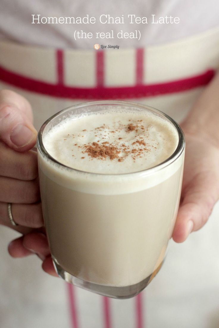 A homemade COPYCAT CHAI TEA LATTE with all real food ingredients!! This latte is so amazing and contains only healthy ingredients. Finally! - Live Simply