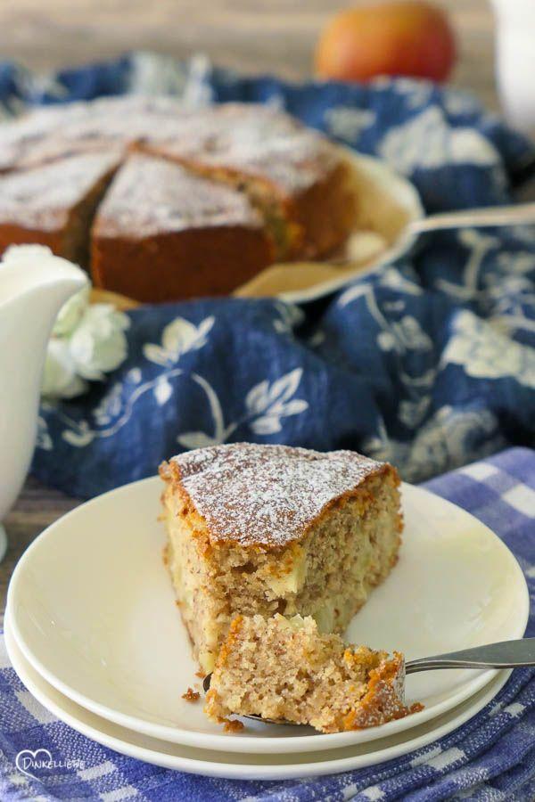 Wir lieben den himmlischen Apfelkuchen mit Mandeln, weil er so locker und süß ist.   – Dinkelliebe – Kuchen