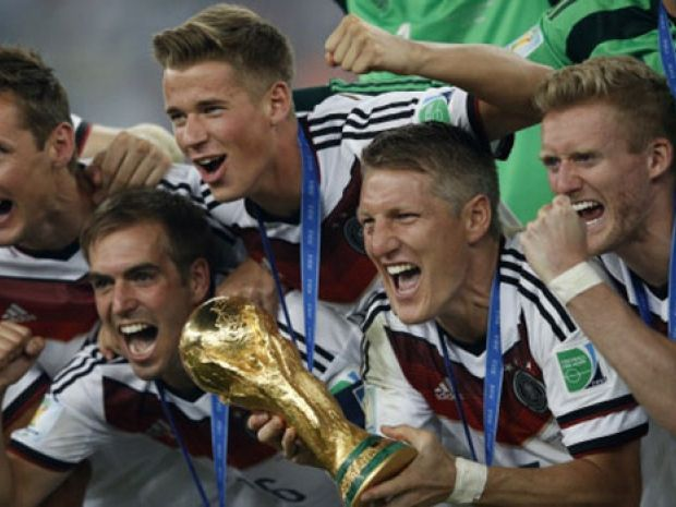 From left to right, Germany's Miroslav Klose, captain #scorpio Philipp Lahm, Kevin Grosskreutz, Bastian Schweinsteiger and #scorpio Andre Schuerrle celebrated World Cup 2014 Victory!