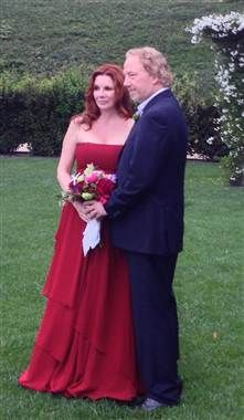Melissa Gilbert, Timothy Busfield tie the knot in Santa Barbara (4/24/13)