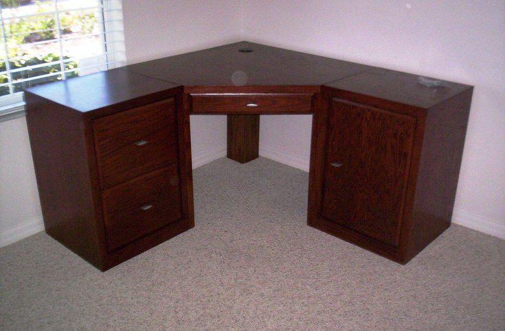 best 25 small corner desk ideas on pinterest corner desk diy small bedroom office and desk nook. Black Bedroom Furniture Sets. Home Design Ideas