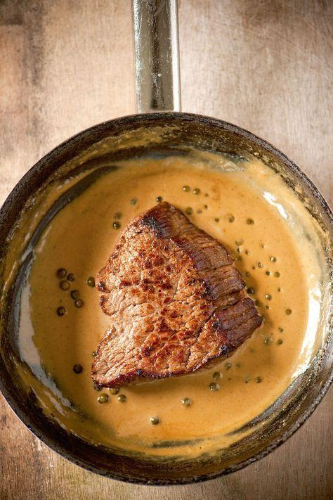 Steak met peperroomsaus - Recepten - Culinair - KnackWeekend Mobile