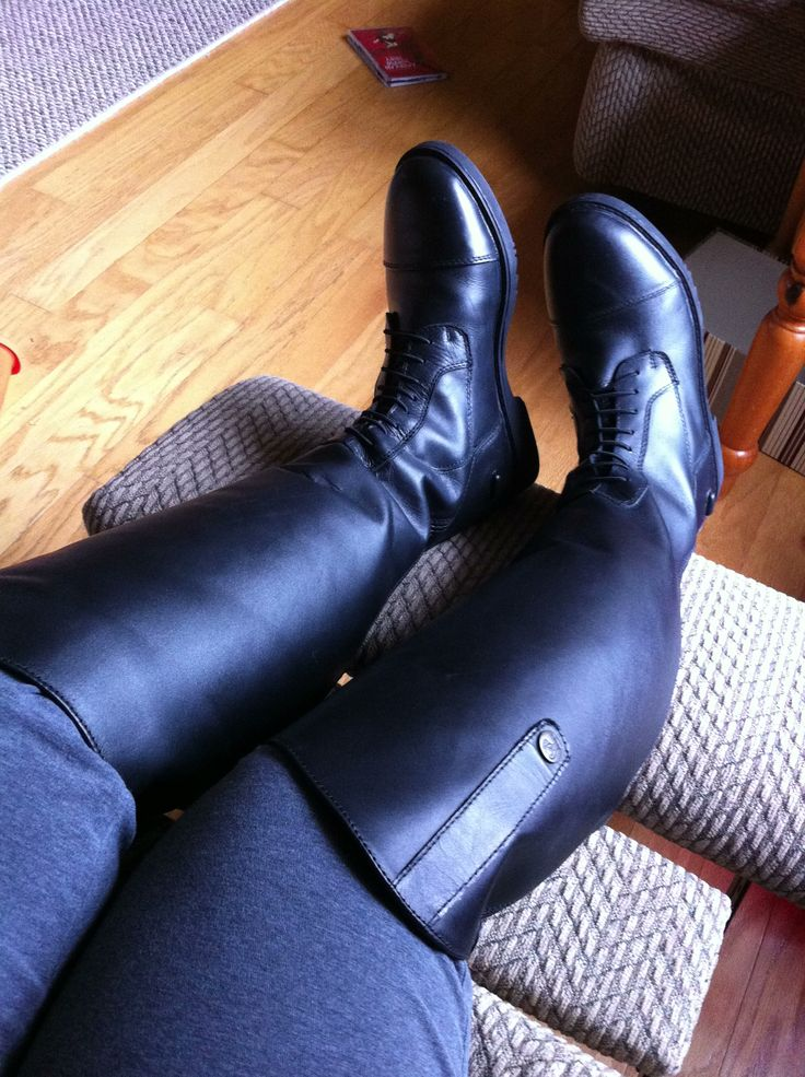 New field boots by Fuller Fillies have my vote! Comfortable right out of the box!