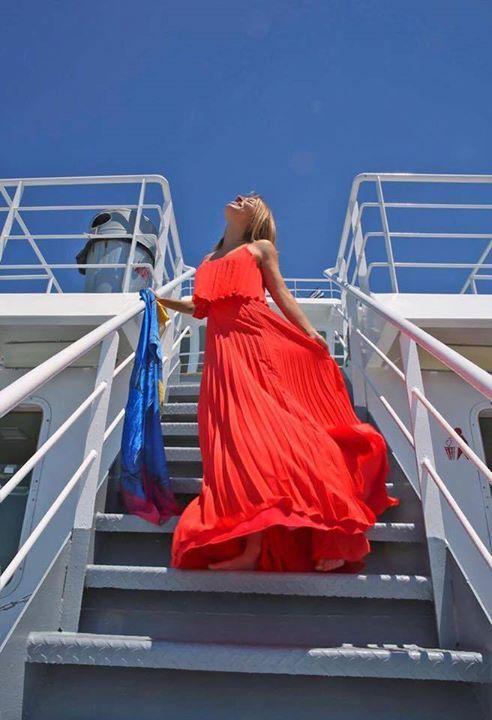 Διαγωνισμός Desiree Fashion - Κέρδισε το φόρεμα που φοράει η Μαρία Ηλιάκη στη φωτογραφία. http://getlink.saveandwin.gr/8VP