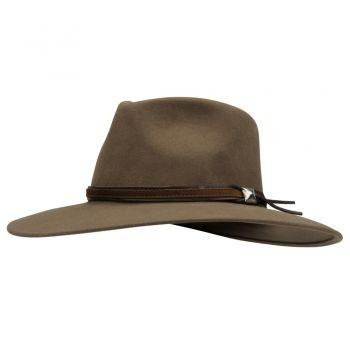 SOMBRERO CUADRA ~ Sombrero con detalle de tira y estoperol más obscuro