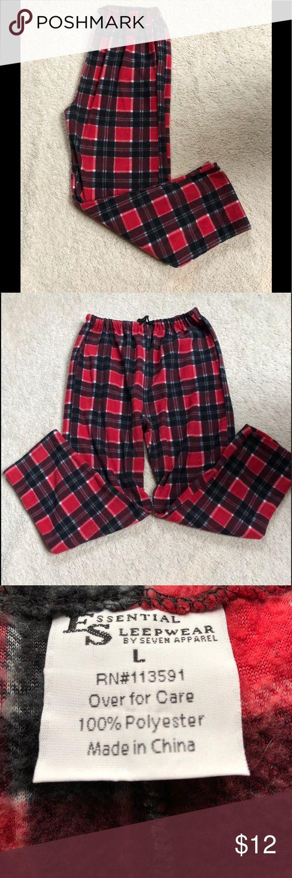 "❄️❄️Fleece Men's Lounge/Sleep Pants❄️❄️ ❄️❄️Fleece Soft , Warm Mens Sleep/ Lounge Pants. Drawstring waist. 2 front slide pockets. Leg inseam 28"".  Colors - red, black, maroon, white and gray plaid. Very good condition!!❄️❄️ Pants Sweatpants & Joggers"