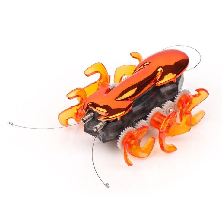Идея для подарка: Робот-муравей Hexbug  Такой маленький робот имитирует поведение муравья, который самостоятельно передвигается по комнате, избегая препятствия на своем пути.   #подарок #наука #сын #фантастика #ребенок