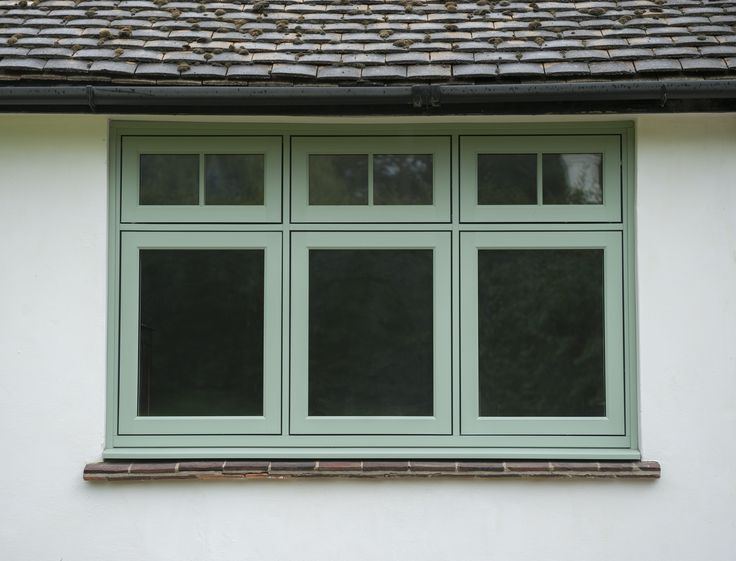 R9 Cotswold Green