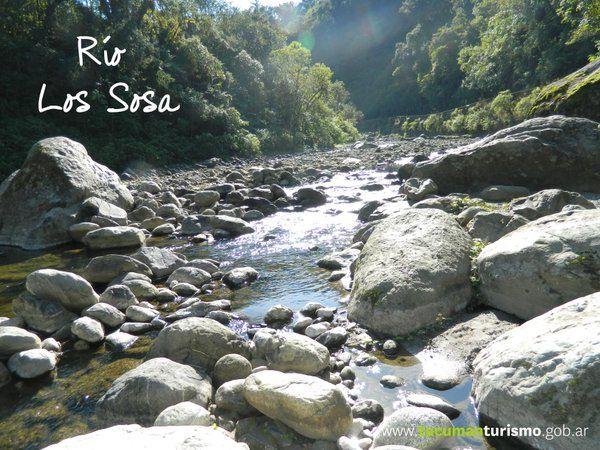 Camino a los Valles Calchaquíes, disfrutá del río y todo lo que este hermoso paisaje te brinda! http://www.tucumanturismo.gob.ar #SentíTucumán!
