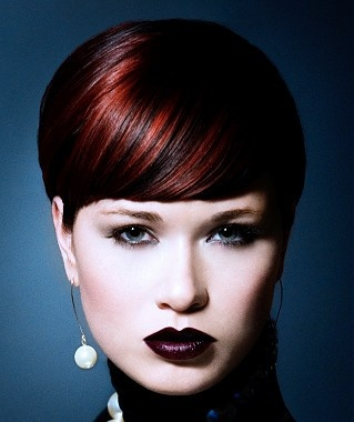 A short brown straight coloured multi-tonal hairstyle by Cheynes Hairdressing