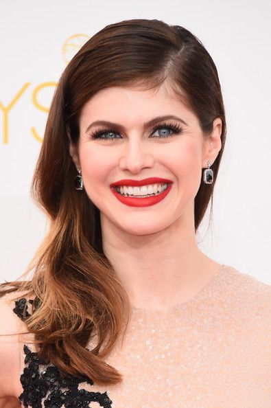 Alexandra Daddario Feminine Side Sweep Hairstyle