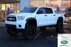 white bulletproof toyota tundra FOR SALE! want it!!!