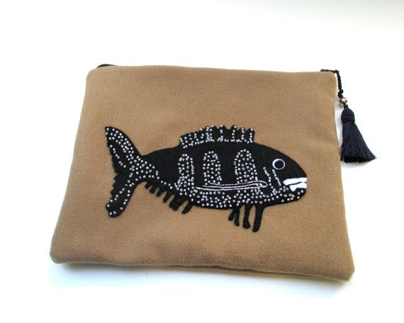 Beige wool pouch bag handmade with a black beaded fish by Apopsis