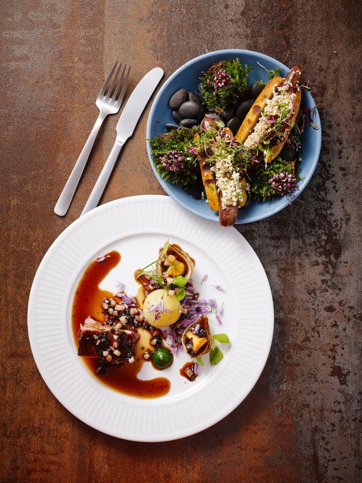 Jeppe Foldager. Kay Bojesen dinner knife and dinner fork. Photo: Henrik Freek Christensen. Kay Bojesen Grand Prix cutlery. Danish Design.