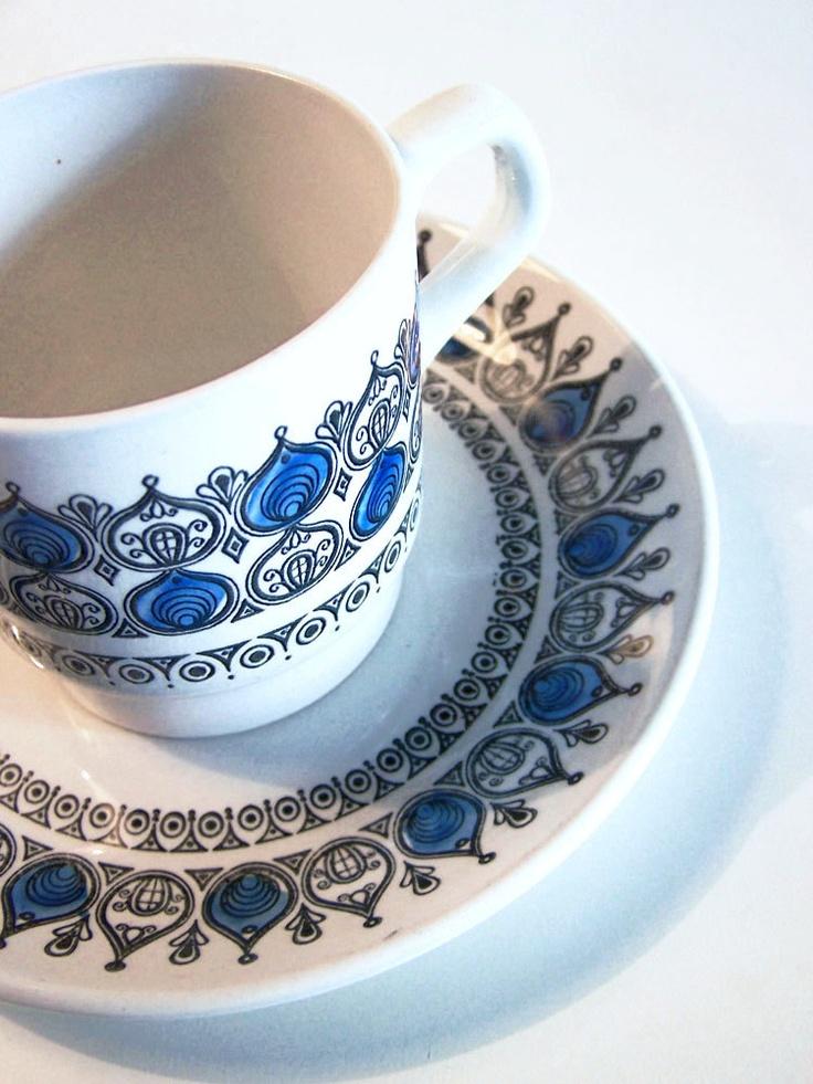 Retro // Biltons // Hand painted // England // Mug & saucer. €13,00, via Etsy.
