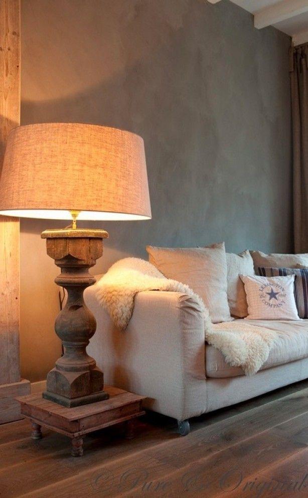 Mooie oplossing om de lamp iets meer hoogte te geven: zet het op een verhoging.