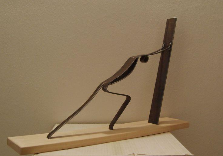 pushing the wall. 推墙. manolo lafora #art #sculpture