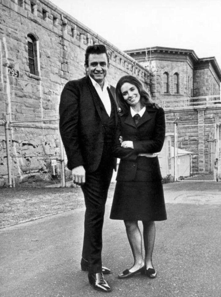 Johnny Cash and June Carter Cash<3