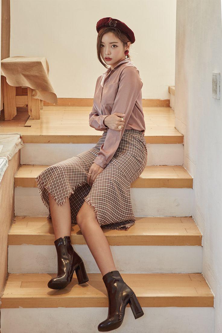 Fringed Asymmetric Hem Skirt CHLO.D.MANON   #feminine #stylish #skirt #koreanfashion #kstyle #kfashion #seoul #falltrend