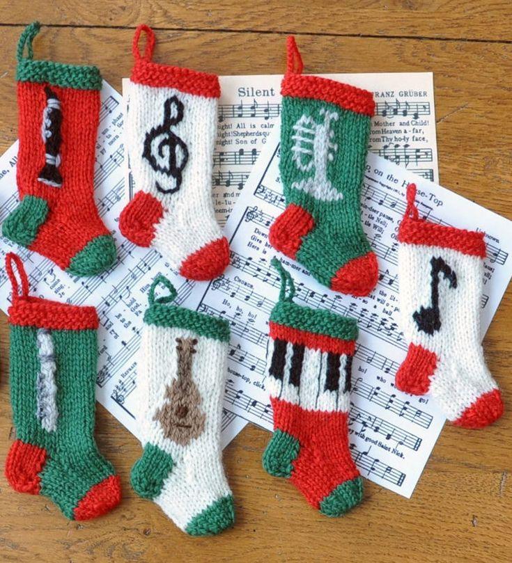 Knitting Pattern Notation : 17 beste idee?n over Kerst Breien op Pinterest - Gebreide kerst ornamenten, B...
