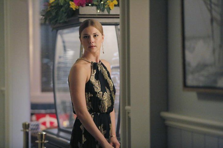 Pin for Later: 75 Stylish Reasons We'll Miss Revenge Season 4 Emily looks like the picture of the Hamptons Summer crowd in a breezy halter dress.