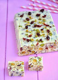 Cook & Look: Blok waniliowy z pistacjami, żurawiną i orzechami