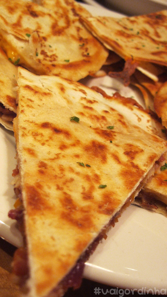 @Outback - chicken and 3 cheeses quesadilhas