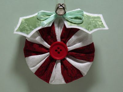 cloth yo-yo christmas ornaments | That's it! Make a tree full and have yourself a Merry Yo-Yo Christmas!