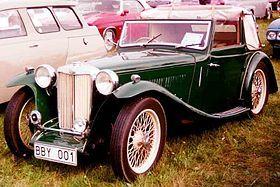 El AT fue reemplazado por el Enano TB en mayo de 1939. Tenía un motor XPAG más pequeño pero más moderna como instalado en el Morris diez series M , pero en un estado más altamente sintonizado y como la TA con dos carburadores SU. Este cc 1250 I4 unidad contó con un poco menos undersquare 66,6 mm (2,6 pulgadas) de diámetro y 90 mm (3,5 pulgadas) de carrera y tenía una potencia máxima de 54 CV (40 kW) a 5200 rpm.