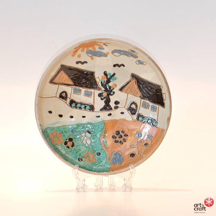 Farfurie din ceramica de Horezu