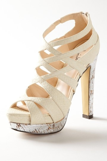 These would be even more gorgeous if they were covered in glitter.