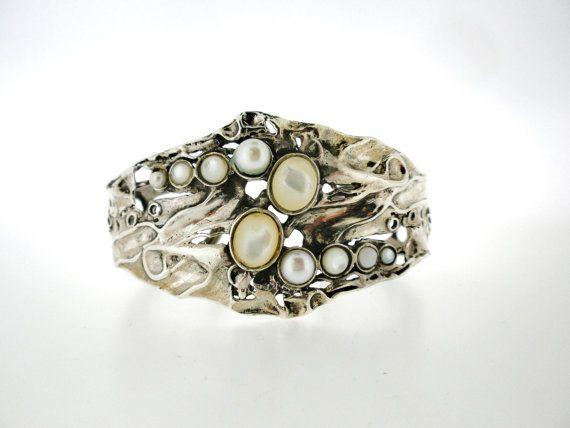 Porans, handgefertigt, 925er Sterlingsilber Manschette Armband, Pearl, Shell, einzigartiges Design durch Puran, Israel