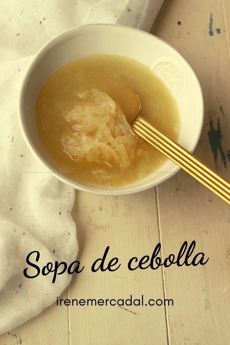 La sopa de cebolla es una delicia tipica de invierno que es muy fácil de hacer ¿Quieres ver la receta? #recetasopacebolla #recetasopafacil #recetasoupoignon Tapas, Fondue, Cheese, Ethnic Recipes, Recipes, Easy Recipes