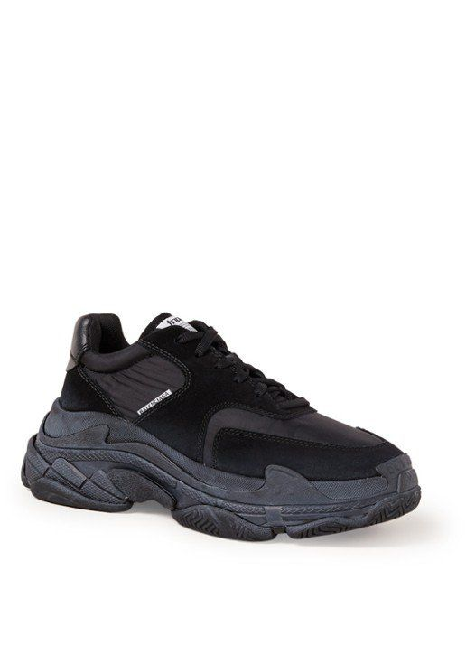 ab0ca7d32f0 Balenciaga Triple S sneaker met suède details | Gifts inspiration -  Sneakers, All black sneakers en Shoes