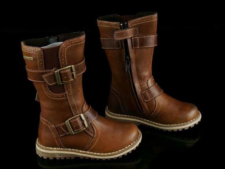 READY STOCK KIDS LEATHER BOOTS KODE : CARAMELO Size 25 PRICE : Rp.205.000,- AVAILABLE SIZE : - Size 25 (16cm) FOR ORDER : SMS/Whatsapp 087777111986 PIN BB 766a6420 FB : Mayorishop #pusat #sepatu #boots #anak #kids #shoes #genuine #leather #brown #coklat #sisa #ekspor #branded #eropa #ready #stock #mayorishop #online #bogor