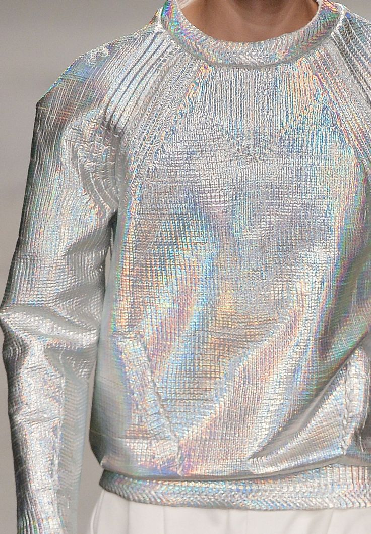 Sweater with holographic paint.  Decorialab knitwear Studio www.decorialab.com : Foto... #Sparkle #Metallic #Sweater