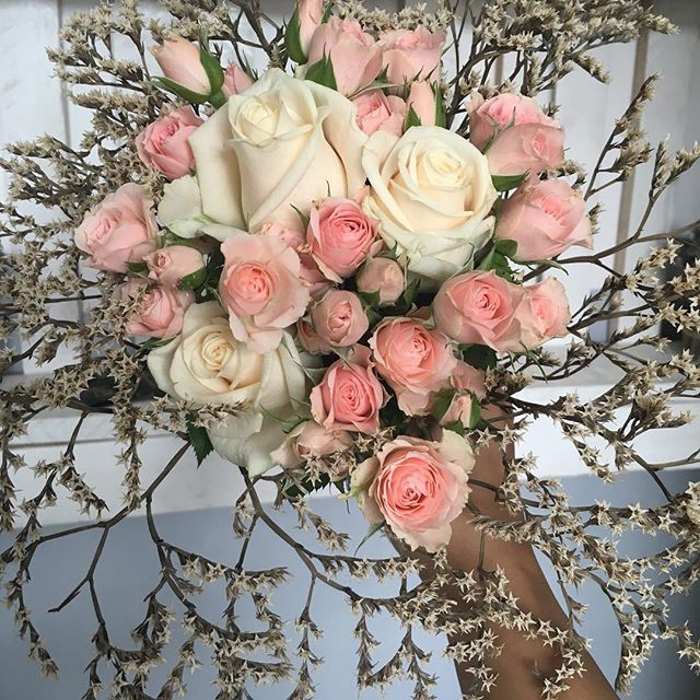 #woody #natural #alandala  #SimplicityFlowersGifts #passionforflowers