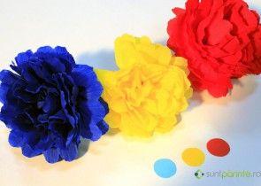 Flori tricolore din hartie creponata de 1 Decembrie